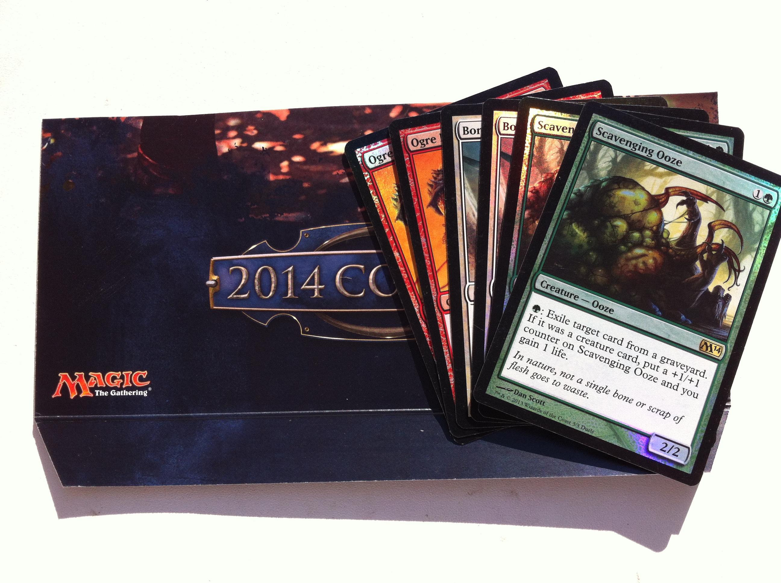 Krok č. 2 - Přidat ustřižený tvrdý karton z karet Magic the Gathering